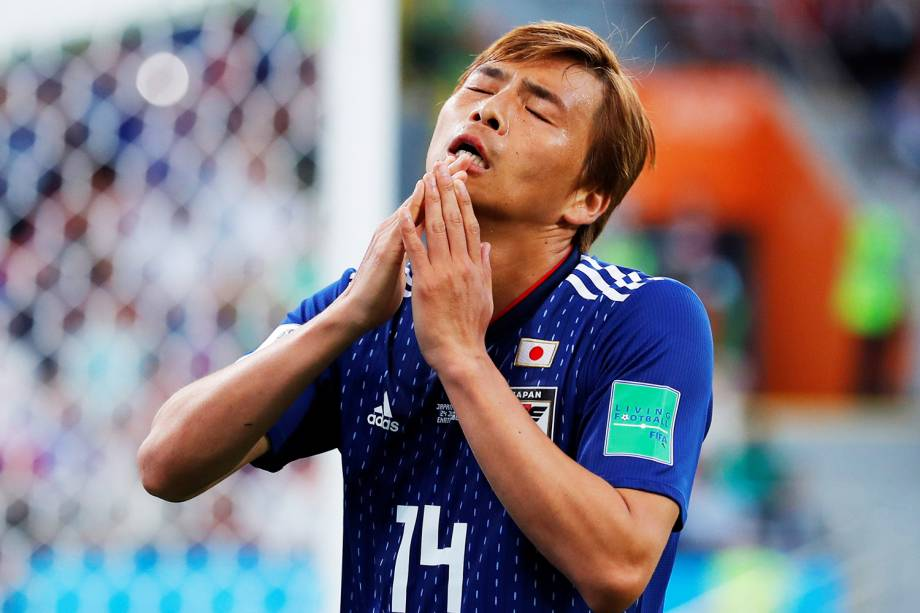 O jogador Takashi Inui, do Japão, lamenta após perder gol durante partida contra o Senegal, válida pela fase de grupos da Copa do Mundo, realizada em Ecaterimburgo. As equipes empataram em 2 a 2 - 24/06/2018