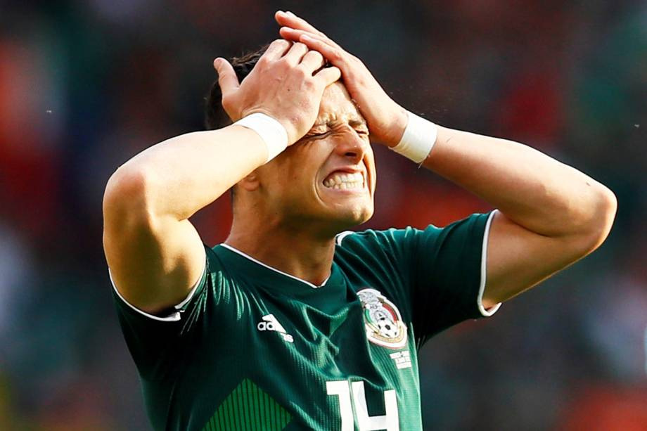 Javier Hernandez, jogador do México, lamenta jogada perdida durante partida contra a Suécia, válida pela fase de grupos da Copa do Mundo, realizada em Ecaterimburgo. Os mexicanos perderam a partida por 3 a 0 - 27/06/2018