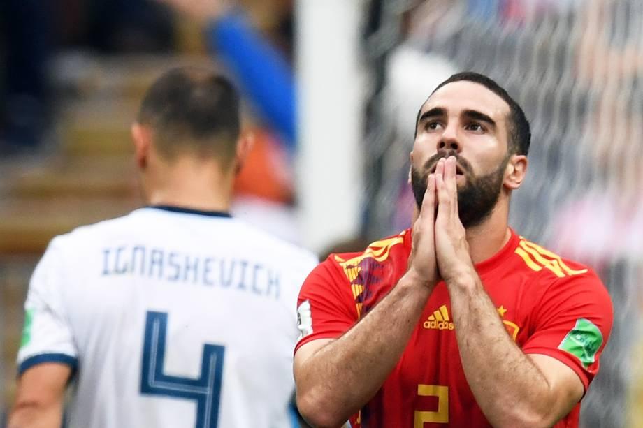 Dani Carvajal, jogador da Espanha, lamenta após chance perdida durante partida contra a Rússia, válida pelas oitavas de final da Copa do Mundo, realizada no Estádio Lujniki. Os europeus foram eliminados da competição após disputa nas penalidades máximas - 01/07/2018