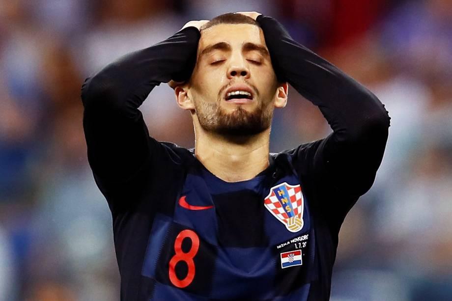O jogador Mateo Kovacic, da Croácia, lamenta após chance perdida durante partida contra a Dinamarca, válida pelas oitavas de final da Copa do Mundo, realizada em Nizhny Novgorod. Os croatas passaram para a próxima fase após disputa de penalidades máximas - 01/07/2018