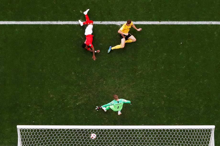 Thomas Meunier abre o placar para a Bélgica na disputa de terceiro lugar contra a Inglaterra, no estádio São Petesburgo - 14/07/2018