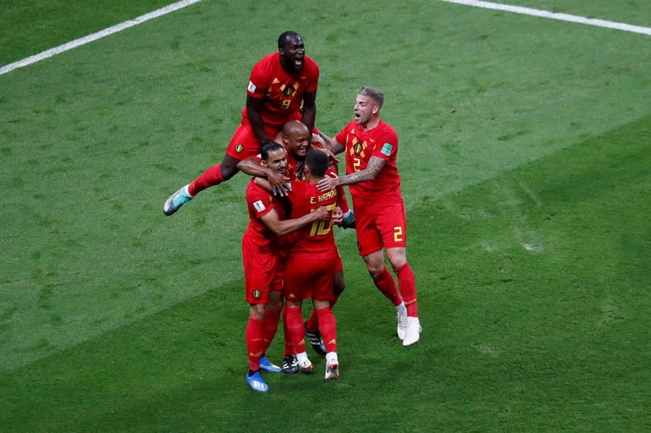 Jogadores da Bélgica comemoram o gol contra marcado por Fernandinho, do Brasil - 06/07/2018
