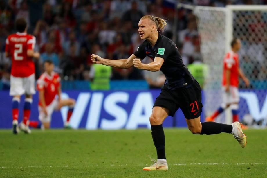 O croata, Domagoj Vida, comemora o primeiro gol marcado contra a Rússia, no estádio Fisht - 07/07/2018