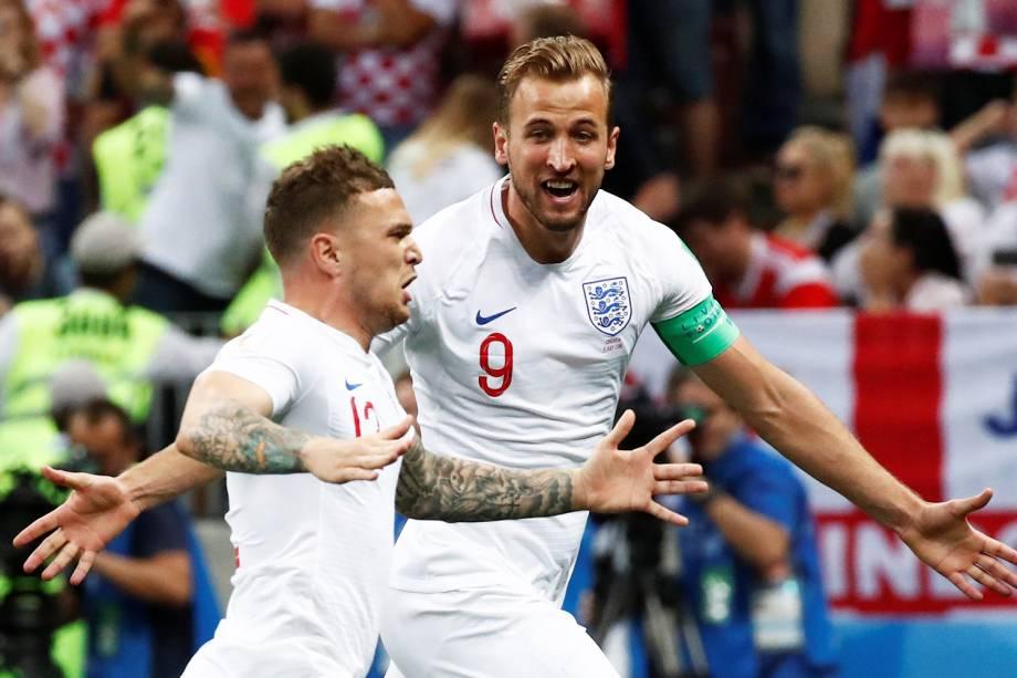 Kieran Trippier comemora após marcar gol de falta para a Inglaterra, em partida contra a Croácia, válida pelas semifinais da Copa do Mundo - 11/07/2018