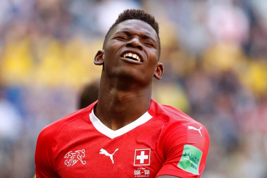 Breel Embolo, da Suíça, reage após o término da partida contra a Suécia - 03/07/2018