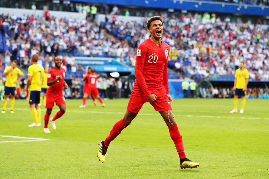 Dele Alli comemora após marcar o segundo gol da Inglaterra, durante partida contra a Suécia - 07/07/2018