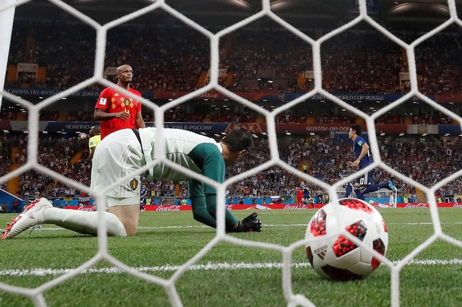 Thibaut Courtois da Bélgica reage a gol marcado por Genki Haraguchi do Japão - 02/07/2018
