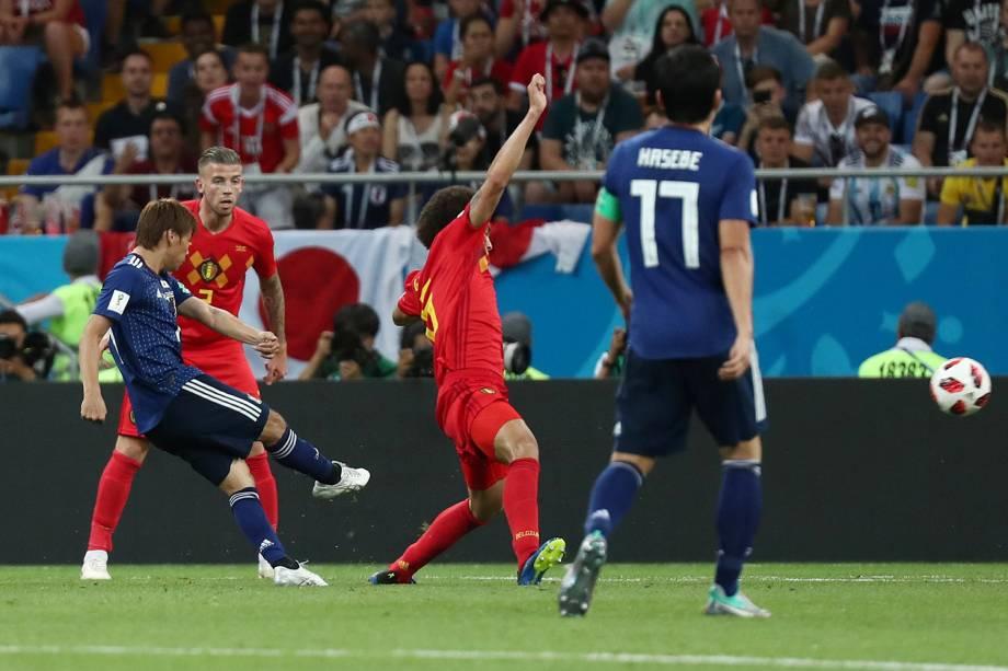 Takashi Inui do Japão marca segundo gol em partida contra a Bélgica - 02/07/2018