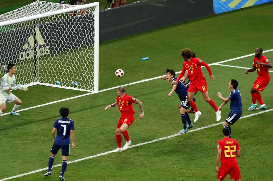 Marouane Fellaini marca segundo gol da Bélgica em partida contra o Japão - 02/07/2018