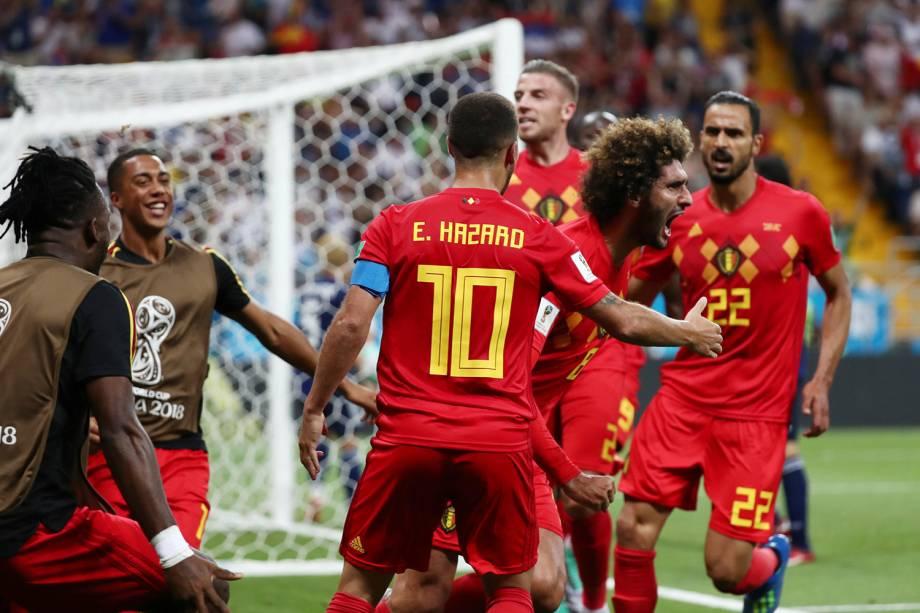 Marouane Fellaini da Bélgica comemora segundo gol em partida contra o Japão - 02/07/2018