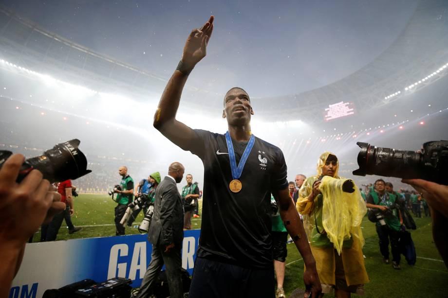 Paul Pogba da França comemora vitória na Copa do Mundo 2018 no Estádio Lujniki - 15/07/2018
