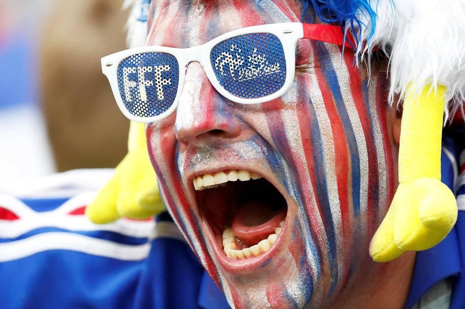 Torcida francesa comparece ao Estádio Lujniki, em Moscou, para a final da Copa do Mundo contra a Croácia - 15/07/2018