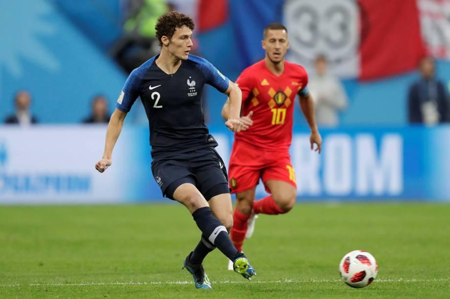 Benjamin Pavard da França durante passe de bola em partida contra a Bélgica - 10/07/2018