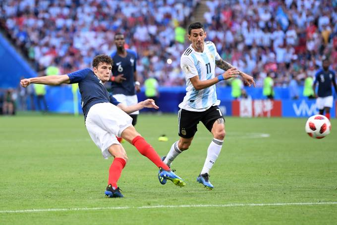 Pavard marca belo gol contra a Argentina