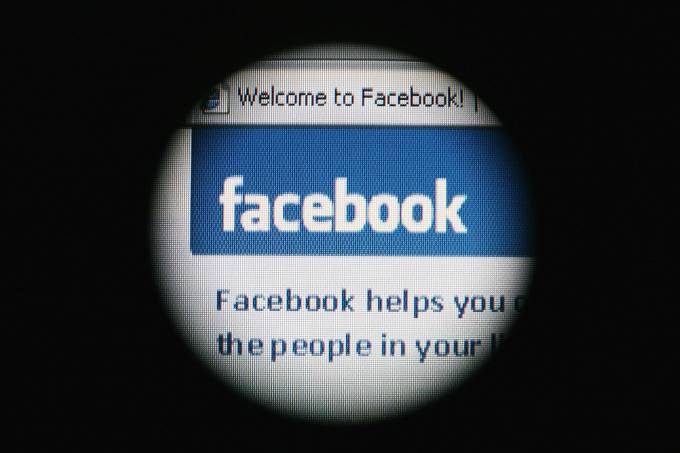 Facebook anuncia ação de apoio à imprensa