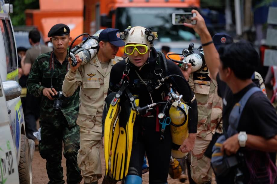 O mergulhador britânico John Volanthen durante as operações de resgate no complexo de cavernas Tham Luang em Chiang Rai, norte da Tailândia - 28/06/2018