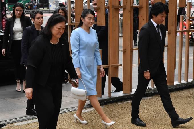 Princesa japonesa Mako visita a Japan House em SP
