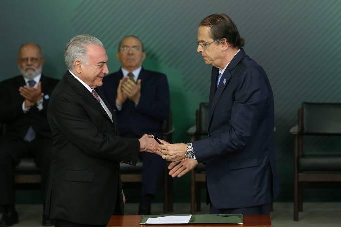 Caio Luiz de Almeida Vieira de Mello e Michel Temer