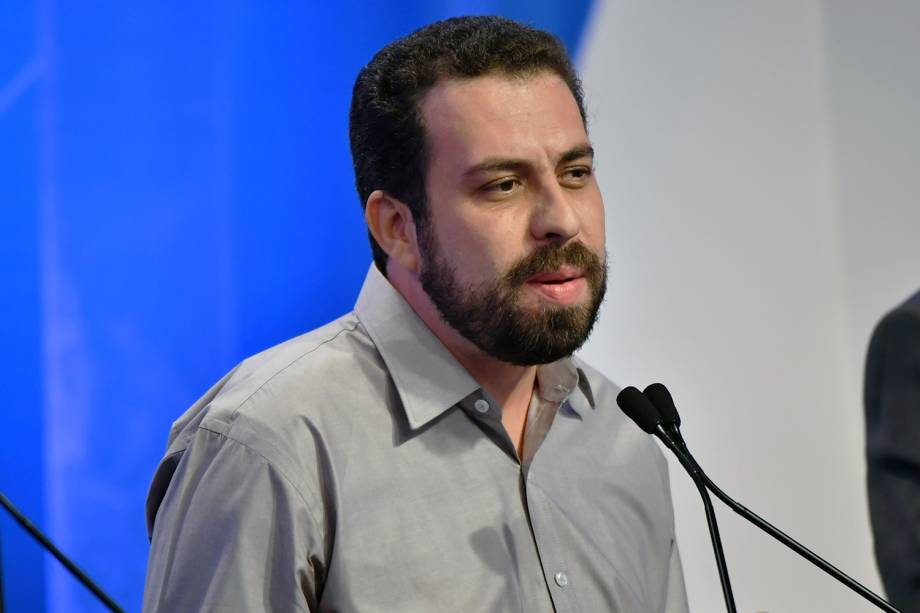 Guilherme Boulos (PSOL), candidato à Presidência da República, durante debate realizado pela RedeTV! - 17/08/2018