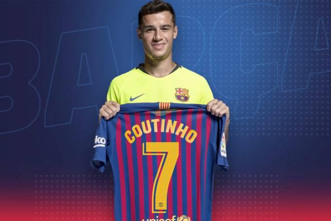 Coutinho recebe a camisa 7 do Barcelona