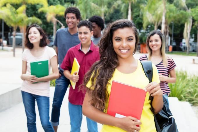 Estudantes – Jovem Aprendiz