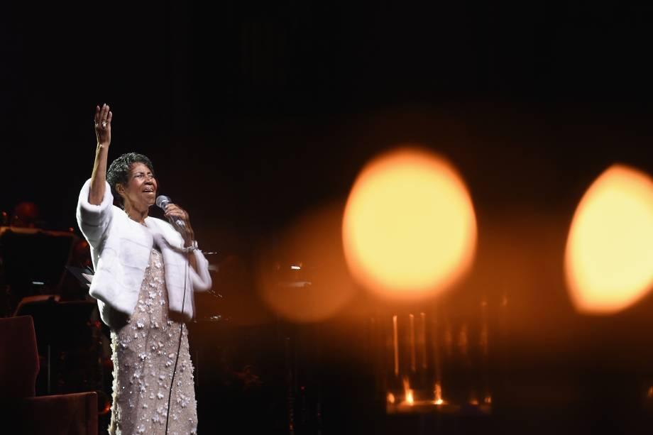 Aretha Franklin durante cerimônia do 25º aniversário da Elton John AIDS Foundation em Nova York em 2017