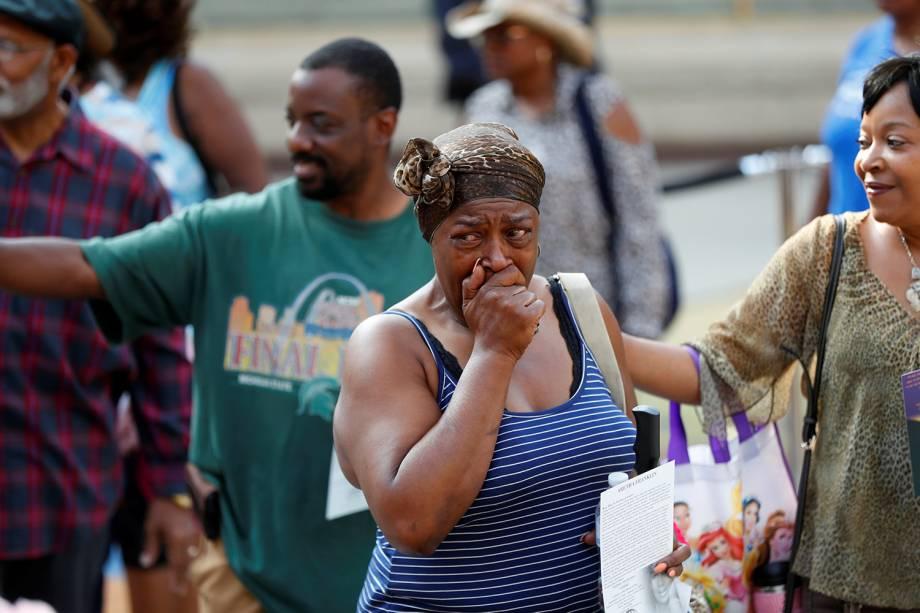 Pessoas participam do velório da cantora Aretha Franklin no Museu de História Afro-Americana Charles H. Wright, em Detroit, Michigan - 28/08/2018