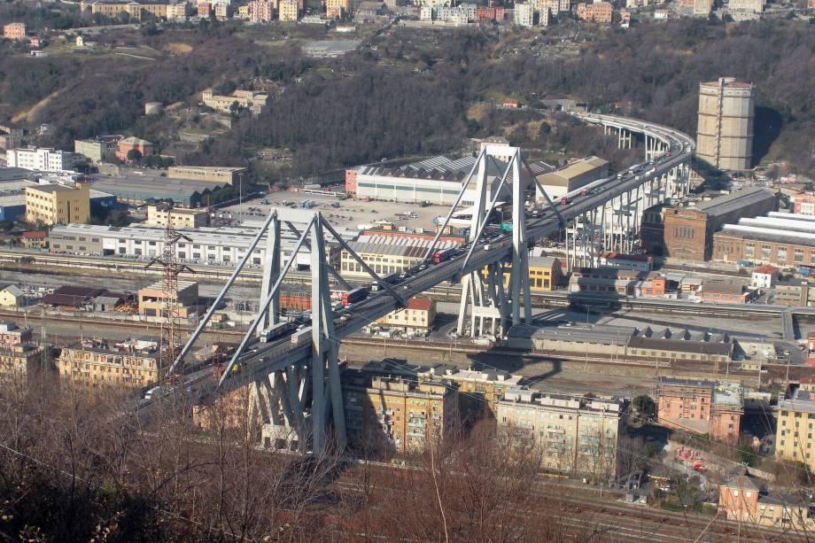 Ponte Morandi em Gênova, na Itália