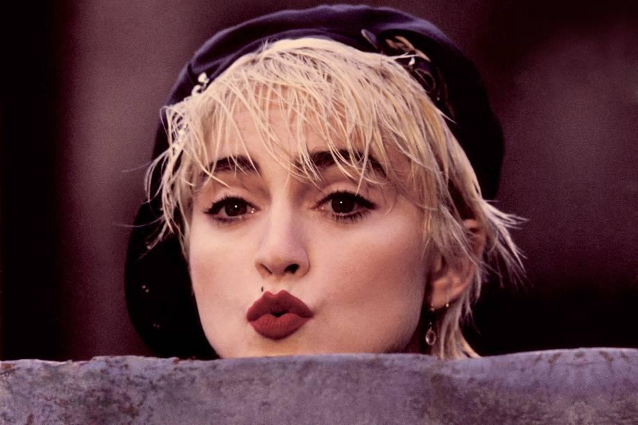 Madonna durante as filmagens do longa 'Quem É essa Garota', em 1987