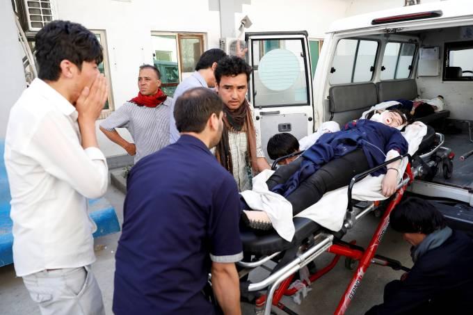 Ataque em escola de Cabul deixa pelo menos 25 mortos