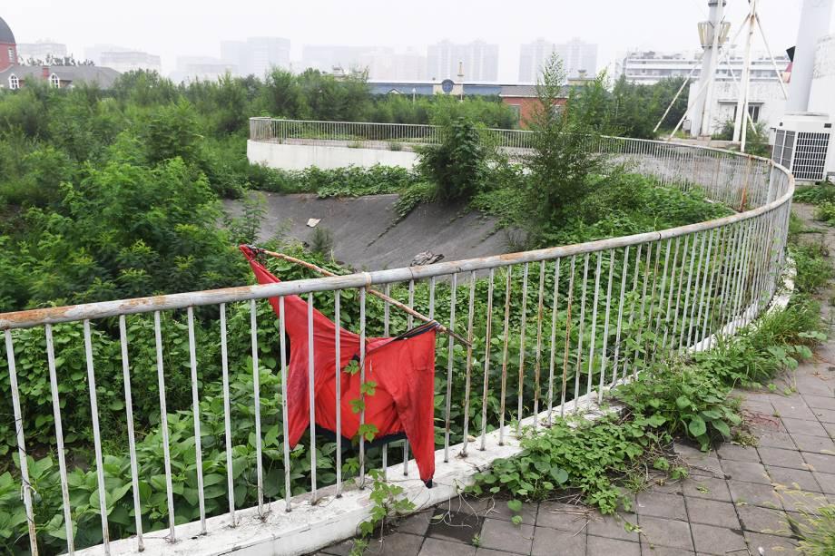 Arena utilizada para as provas de BMX dos Jogos Olímpicos de Pequim, em 2008, está abandonada - 18/07/2018