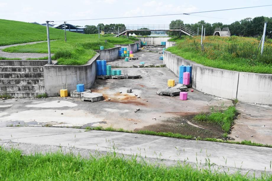 Espaço onde foram disputadas provas de caiaque durante os Jogos Olímpicos de Pequim, em 2008, está abandonado - 25/07/2018
