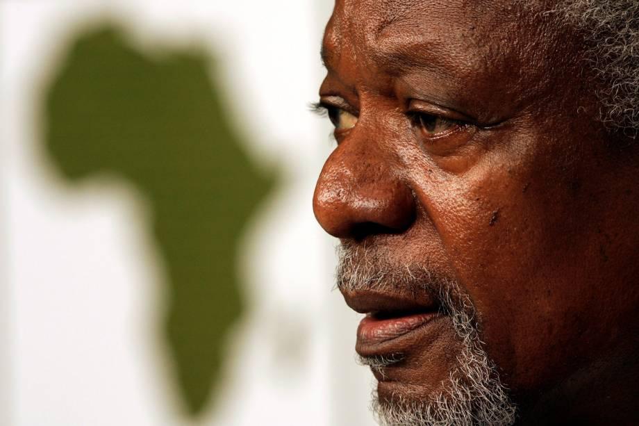 <span>Annan recebeu o prêmio Nobel da paz por seu trabalho humanitário em conjunto com a ONU em 2001</span>