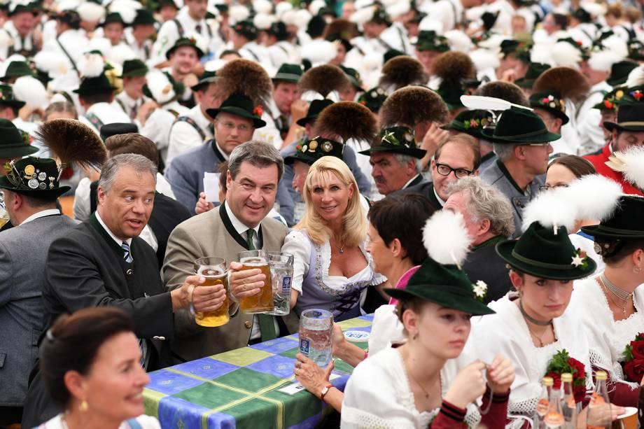 Markus Söder, governador da Baviera, participa de edição de Gebirgstrachten-Erhaltungsverein Murnau (tradicional festa alpina), em Murnau, na Alemanha - 08/07/2018