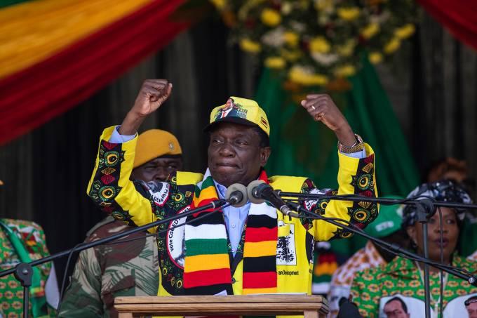 Presidente do Zimbábue Emmerson Mnangagwa