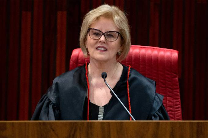 A ministra Rosa Weber assume a presidência do Tribunal Superior Eleitoral (TSE), em solenidade realizada em Brasília – 14/8/2018