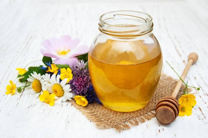 Pote de vidro com mel