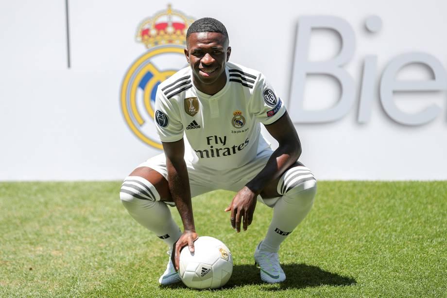 O jogador Vinícius Júnior é apresentado ao Real Madrid, no Estádio Santiago Bernabeu - 20/07/2018