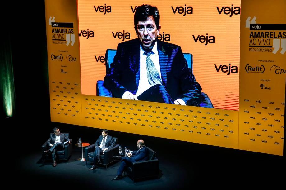 O presidenciável João Amoêdo (Novo) foi o primeiro a ser entrevistado durante o fórum Amarelas Ao Vivo