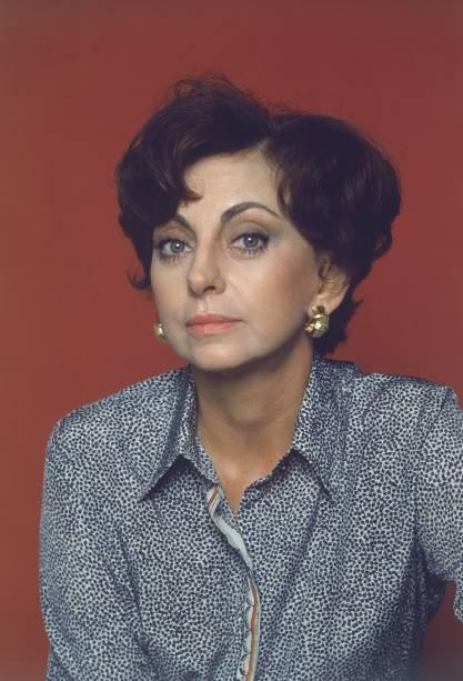 Retrato da atriz Beatriz Segall feito na década de 1970
