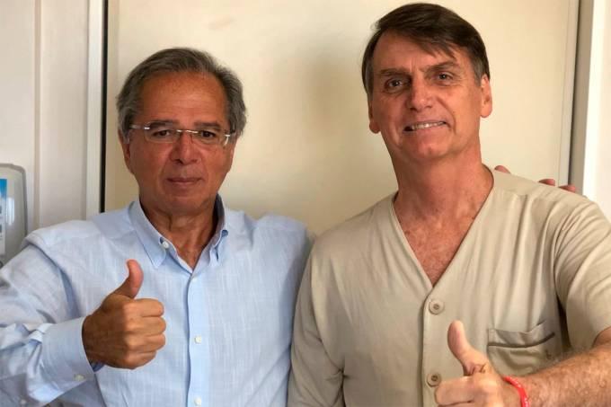 Bolsonaro recebe visita de Paulo Guedes