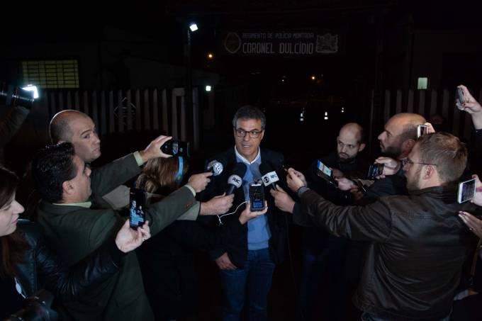 Beto Richa deixa presídio