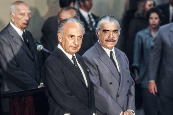 Bresser Pereira e José Sarney