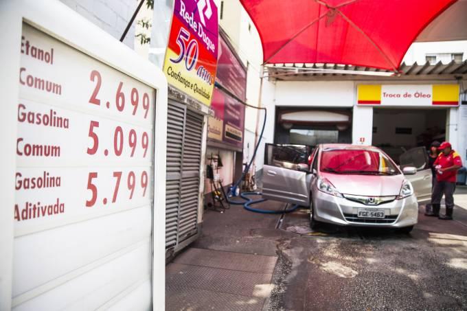 Aumento do preço da gasolina em SP
