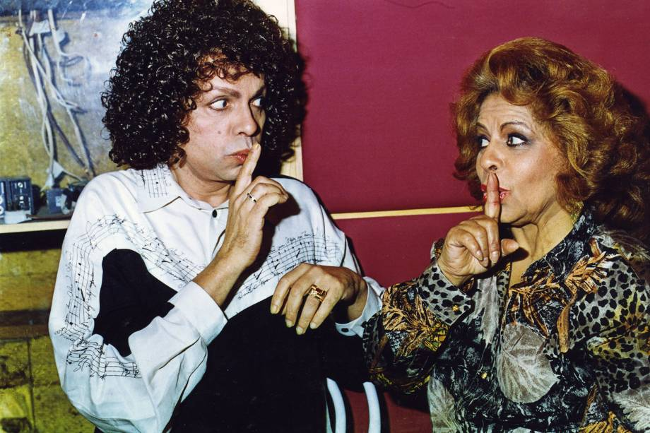 Os cantores Cauby Peixoto e Ângela Maria durante encontro no Rio de Janeiro - 17/05/1993