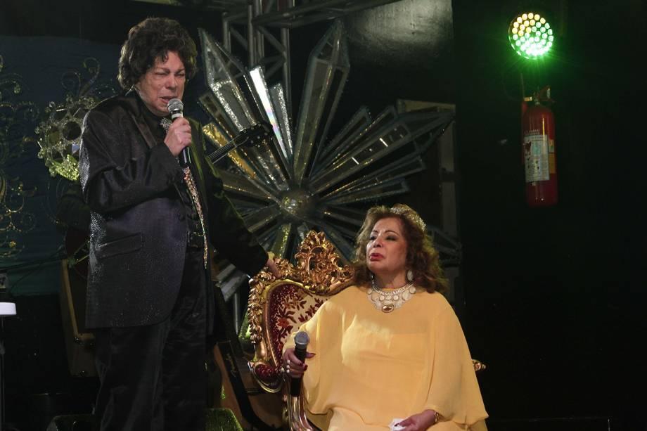 Cauby Peixoto na homenagem à cantora Ângela Maria, em comemoração ao seu aniversário de 84 anos e também 60 de carreira, em festa realizada no Clube Piratininga em São Paulo - 13/05/2013