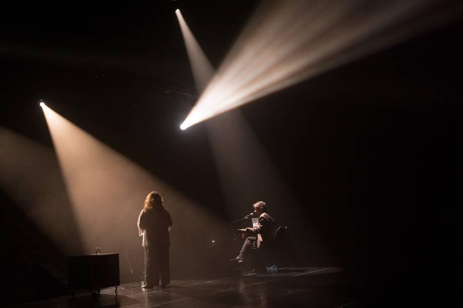 A cantora Ângela Maria no palco do Sesc Santana em São Paulo - 28/07/2016