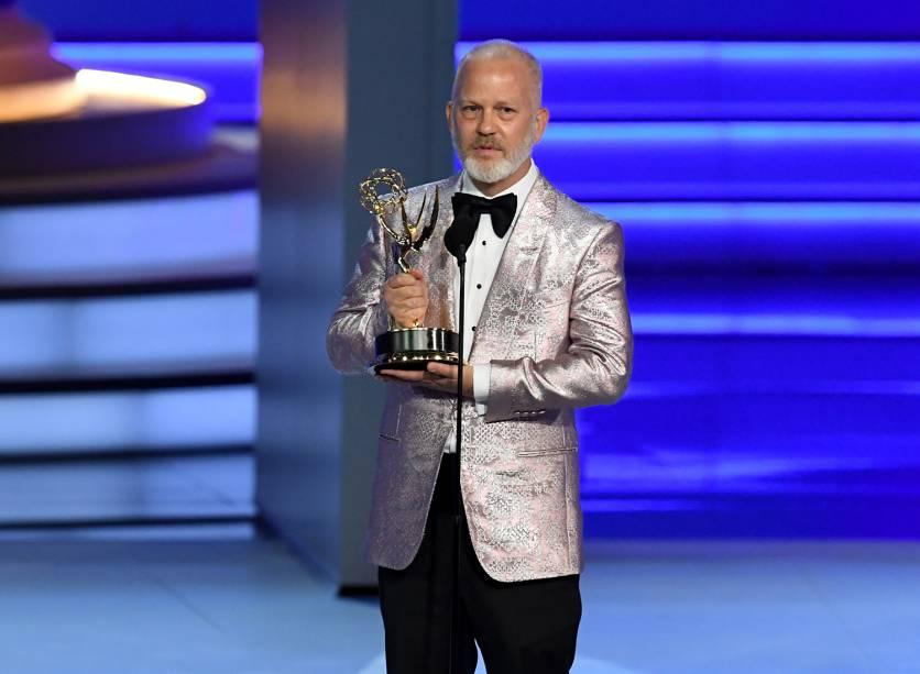 Ryan Murphy vence na categoria de Melhor direção em série limitada, filme para a TV ou especial de drama, durante o Emmy Awards - 17/09/2018