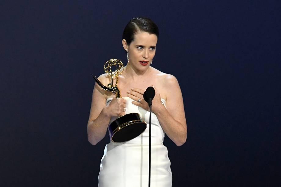 Claire Foy vence na categoria de Melhor atriz em série dramática, durante o Emmy Awards - 17/09/2018