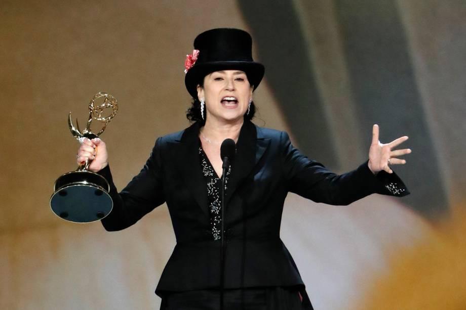 Amy Sherman-Palladino vence na categoria de Melhor Direção em Série de Comédia, no Emmy Awards - 17/09/2018